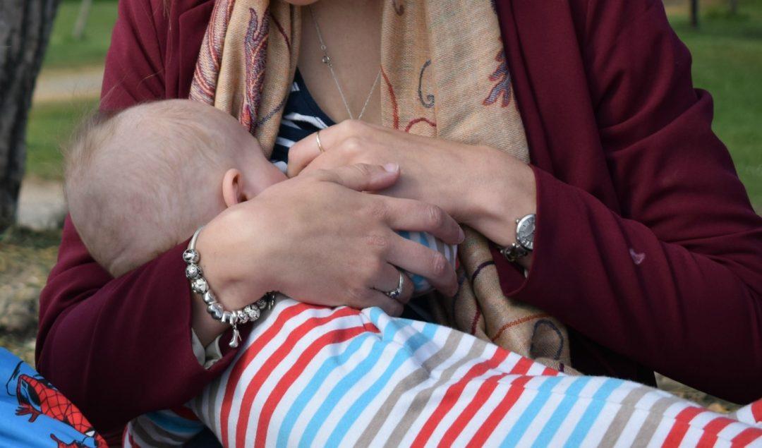 breastfeeding at 6 months