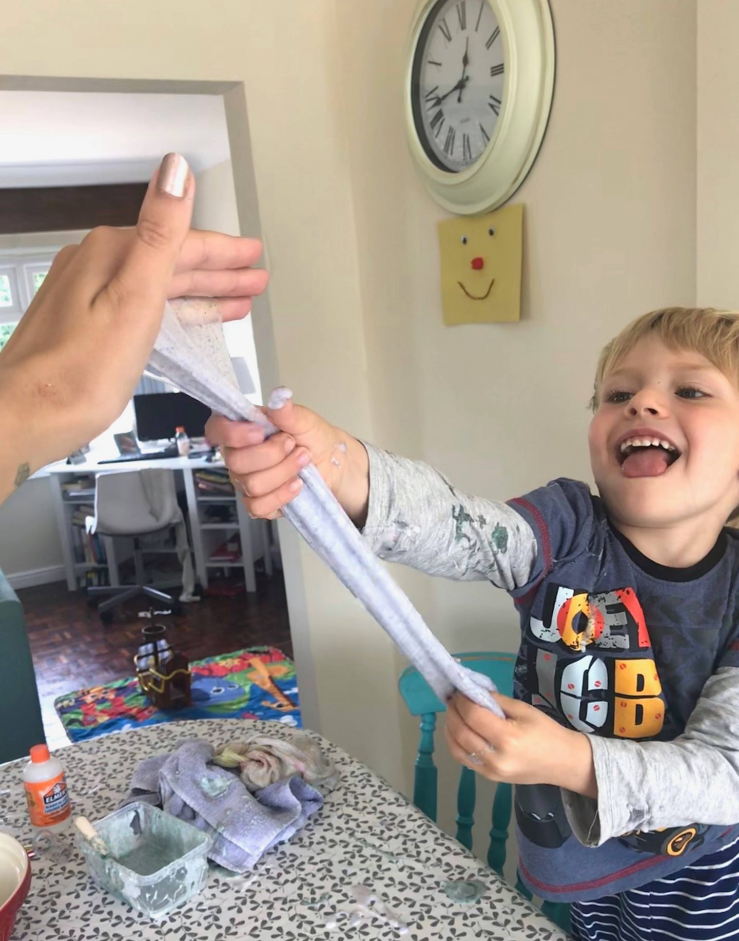 Super stretchy 2 ingredient slime using Elmer's Magical Liquid