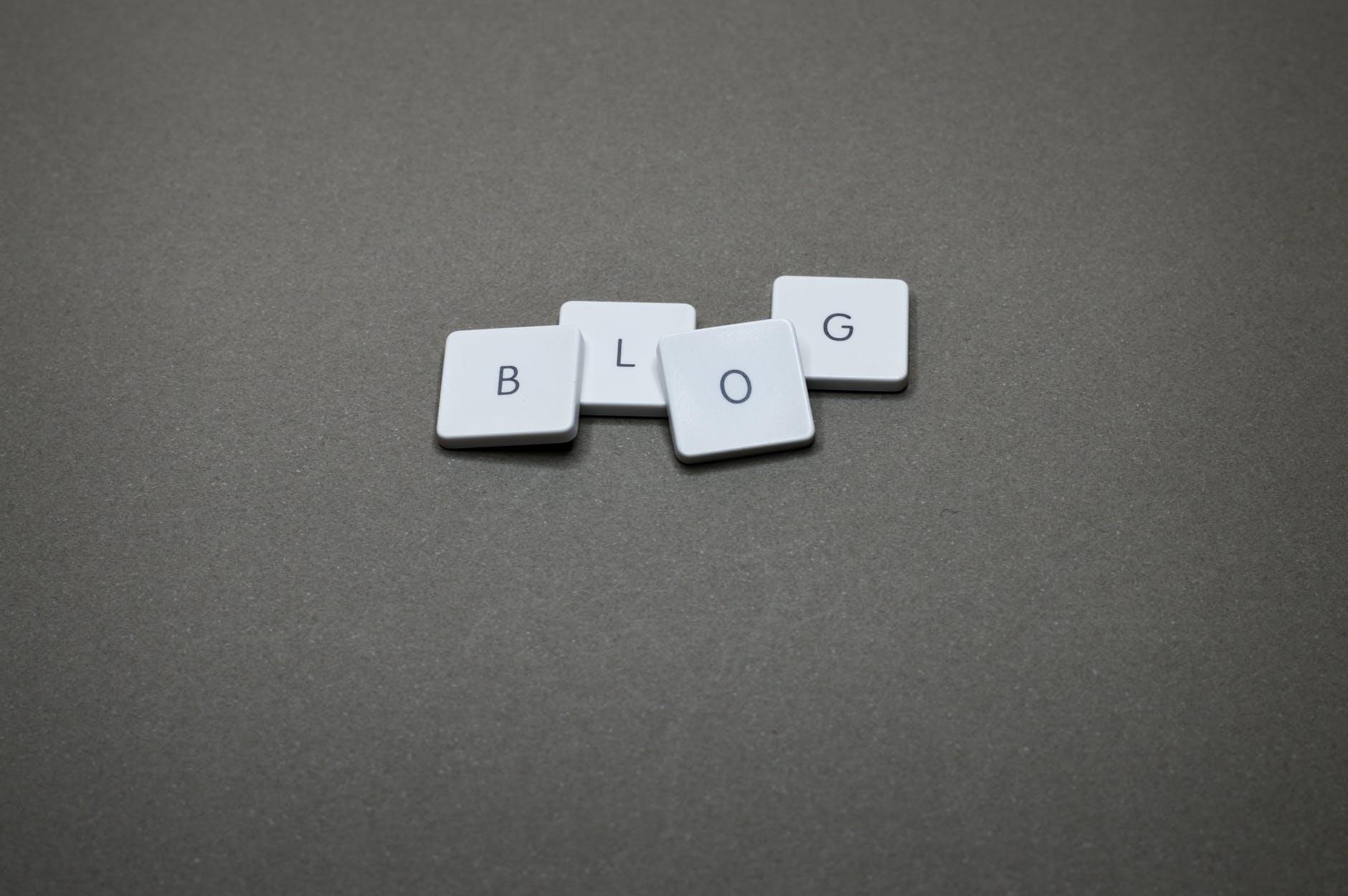 blogging-letter-tiles